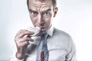 El reflujo estomacal perjudica la salud dental