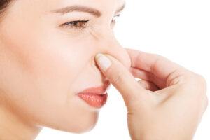 Las personas que sufren halitosis no huelen el mal olor que desprende su boca